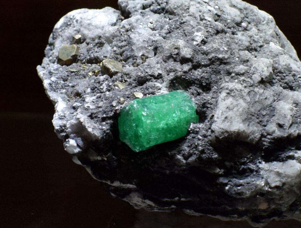 magia kamieni-szmaragd