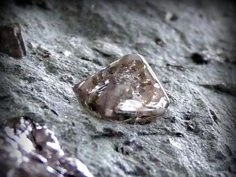 magia kamieni-diament
