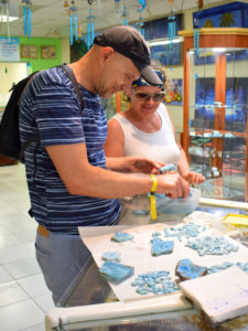 Szlifiernia larimaru w Dominikanie