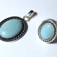 Amazonit oprawiony w srebro - wisior i pierścionek.
