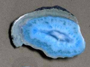 Larimar - okaz z muzeum minerałów w Świętej Katarzynie.