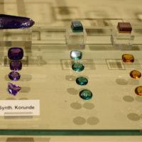 Kaminie syntetyczne - korundy