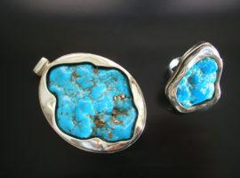 Kamienie naturalne (turkusy) w oprawie srebrnej