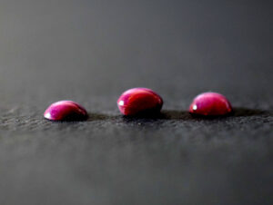 karbunkuły -rubiny