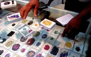 hurtownia kamieni szlachetnych w Kandy